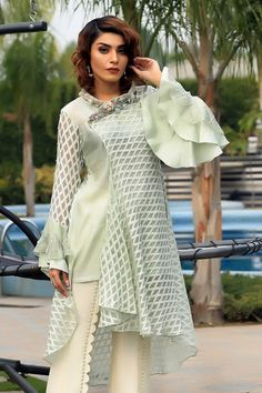 Mint cotton net overlap flared top with embroidery on wide neckline. Tunic Designs, Dress Neck Designs, Stylish Dress Designs, Designs For Dresses, Stylish Dresses, Long Dresses, Beautiful Pakistani Dresses, Pakistani Bridal Dresses, Pakistani Dress Design