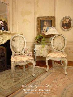 Shabby French boudoir chair Dollhouse castle by AtelierdeLea