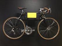 Caloi 10 Restaurada no Studio Vila. Pintura preta com acabamento nos cachimbos. Fita em couro Sem Raça Definida #bicycle #caloi10 #vintagebike #cycling #diacompe