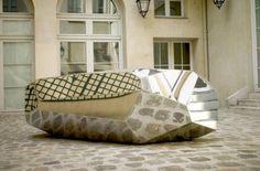 RockGiant sculpture by French artist Arik Levy.