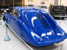 Old Vintage Cars, All Cars, Art Deco Design, Motor Car, World War Ii, Peugeot, Specs, Motorcycles, Trucks