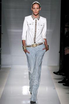 Balmain Spring 2012 Ready-to-Wear Fashion Show - Anja Rubik