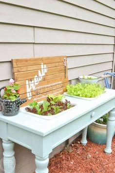 Raised Garden Bed (from an old sofa table An old sofa table can be reused as a DIY raised garden bed! This is such an easy outdoor project!An old sofa table can be reused as a DIY raised garden bed! This is such an easy outdoor project!