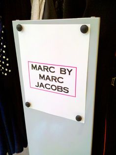 Marc Jacobs 'Fridge Magnets in Retail Signage