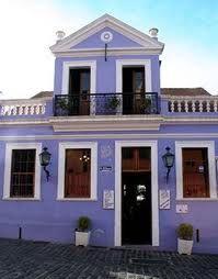 Tonos de morado fachadas pinterest for Colores para pintar fachadas de casas