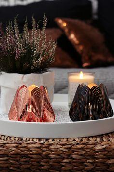 SisustusUnelmia: Kauniit tuikkuastiat Blossom tealight candle holder - Copper and black   #beandliv #blossom #design #candleholder