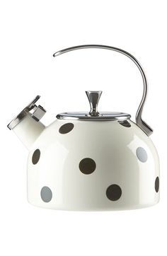 Ideal for brewing yourself a cozy cuppa and bringing signature Kate Spade style to your stovetop, this cheery enameled tea kettle is perfect for adding a little style to your kitchen.