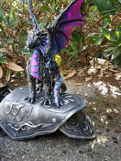 Custom Shoulder Dragon Made to Order Ask for Availability Steampunk Animals, Dragon's Lair, Dragon Rider, Dragon Jewelry, Funky Art, Baby Dragon, Dragon Art, Magical Creatures, Dragons