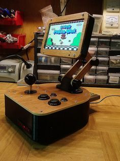NESPoise - a posable, desktop NES clone arcade Machine. by Dave nunez