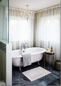 Great use of sheer curtains on bathroom windows! Window Coverings, Window Treatments, Kitchen And Bath Design, Bathroom Windows, Traditional Bathroom, Diy Home Improvement, Clawfoot Bathtub, House Design, Interior Design