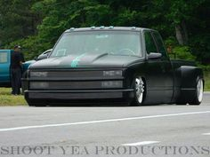 Dually drop it drop it low girl!!