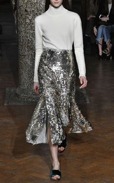 Get inspired and discover Emilia Wickstead trunkshow! Shop the latest Emilia Wickstead collection at Moda Operandi. Lace Skirt, Sequin Skirt, Sparkly Outfits, Emilia Wickstead, International Style, Next Clothes, Fall Trends, Outfit Of The Day, Sequins
