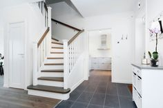 Koltrasten från Fiskarhedenvillan har bra trappa och hall!