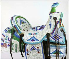 This beaded ndn saddle! Native American Horses, Native American Regalia, Native American Artifacts, Native American Beadwork, Native Indian, Native Art, Indian Art, Native Style, Indian Beadwork