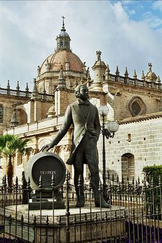 Jerez de la Frontera - Cádiz - Espanya - Cathedral and memorial