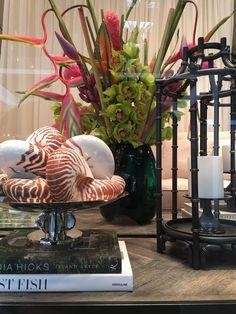 Стенд Eichholtz на парижской выставке Maison&Objet 2017 / выставка дизайна, выставка интерьер, роскошный интерьер, maison objet 2017, экспозиция Eichholtz в Париже, мебель, аксессуары для дома, декор для дома, люстра, светильник, m&o stand, paris, maison objet 2017exhibition, luxury furniture, home decor #idcollection #eichholtz