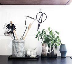 Kitchen utensils and decoration. oh what a room: Gartenmelde in meiner Küche: lecker, gesund und hübsch anzusehen