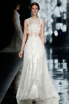 Atocha wedding dress - Yolan Cris Wedding Dress 2016 | itakeyou.co.uk #weddings #weddinggown #weddingdress