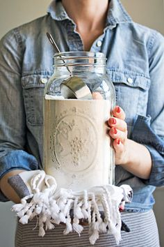 Super Washing Soda is a great laundry aid. It softens water, breaks down grease and minimizes odor. No wonder it has been used in laundry and cleaning since 1874! DIY Laundry Booster is a great way to give your regular eco-friendly detergent a helping hand.