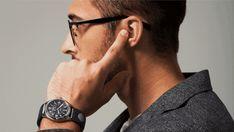 指を受話器にしてスマホの通話が可能になるスマートストラップ「Sgnl」 - GIGAZINE