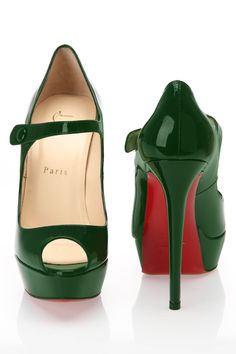Christian Louboutin Bana Pumps