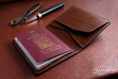 Pouzdro pro cestovni pas z prave kuze rucne vyrobene Card Case, Iphone 6, Wallet, Purses, Diy Wallet, Purse
