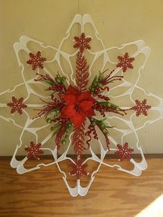 DIY Plastic Clothes Hanger Snowflake Wreaths Are All The Rage This Holiday Season! DIY Plastic Clothes Hanger Snowflake Wreaths Are All The Rage This Holiday Season! Diy Christmas Fireplace, Diy Christmas Ornaments, Christmas Art, Christmas Projects, Holiday Crafts, Christmas Wreaths, Hanger Christmas Tree, Christmas Ideas, Beaded Ornaments