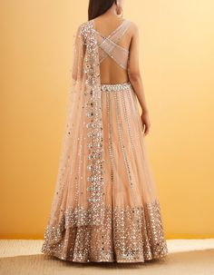 Then you've got to check out Abhinav Mishra's Mirror Work Lehengas from his 2019 spring summer collection. Indian Fashion Dresses, Indian Bridal Outfits, Indian Gowns Dresses, Dress Indian Style, Indian Designer Outfits, Backless Dresses, Designer Dresses, Mirror Work Lehenga, Designer Bridal Lehenga