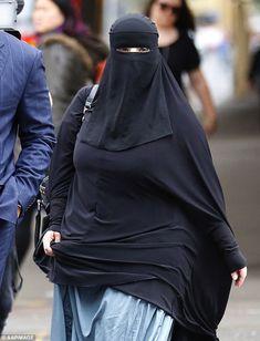 The has always worn a full-face niqab at court appearances in Sydney… Arab Girls Hijab, Girl Hijab, Muslim Girls, Hijabi Girl, Beautiful Arab Women, Beautiful Hijab, Arabian Beauty Women, Niqab Fashion, Muslim Women Fashion