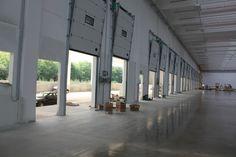 Vendita porte, portoni sezionali industriali motorizzati