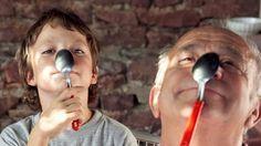 enfant grand parent   Le rôle des grands-parents - Magicmaman.com