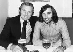 Fulham team-mates Bobby Moore and George Best in February 1975 celebrating the latter being fined just by the FA for making an offensive gesture to a referee Bobby Moore, Northern Irish, Northern Ireland, Fulham Fc, Manchester United Legends, West Ham United Fc, Rangers Fc, Retro Football, Referee