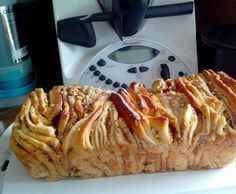 Zupfbrot mit Zimt-Nuß-Apfelfüllung Recipe plucked bread with cinnamon-nut-apple filling from Hangar - recipe of the category baking sweet Cheesecake Thermomix, Cheesecake Recipes, Filling Food, Filling Recipe, Sweet Bread, Bread Baking, Relleno, Cheesecakes, No Bake Cake