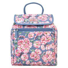 Blossom Bunch Handbag Backpack * View All CathKidston Cath Kidston Shop, Pretty Outfits, Pretty Clothes, Flower Bag, Pip Studio, Oriental Fashion, Denim Bag, Quilted Bag, Lunch Box