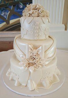 Calumet Bakery Ivory Wedding Dress Cake