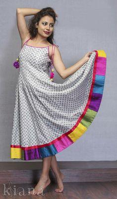 Latest designs of ladies kurtis - ArtsyCraftsyDad Kurta Patterns, Dress Patterns, Kurta Designs Women, Blouse Designs, Indian Dresses, Indian Outfits, Kurta Neck Design, Kurti Designs Party Wear, Indian Designer Wear
