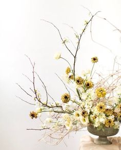 """Designing in this handmade vase by has hands-down been a favorite vessel to create in…"" Floral Centerpieces, Wedding Centerpieces, Floral Arrangements, Centrepieces, Yellow Wedding, Floral Wedding, Wedding Flowers, Ikebana, Fresh Flowers"