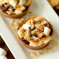 Hungry Girl Lisa's Favorite Recipes of 2017 So Far: Personal S'mores Pies