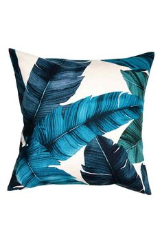 Leaf-patterned cushion cover: Cotton cushion cover with a leaf print and concealed zip. Fabric Blinds, Curtains With Blinds, Blue Cushions, Printed Cushions, Blue Garden Furniture, Beige Living Rooms, H&m Home, Textiles, Leaf Prints