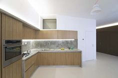 Minimalist apartment design by R3Architetti