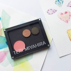 I'm SO happy you guys are excited about this new Capsule Collection idea from this month's #TeriMiyahiraBeauty box! We plan to launch a full pan-form makeup collection with various sized empty magnetic palettes in the not-too-distant future. Do you want to see pressed powder foundation and eyebrow powders in pan-form as part of this collection to add to your palettes (in addition to the usual eyeshadow blush bronzer etc)?  Thanks to my girl @life.in.gineral for this photo and love the…