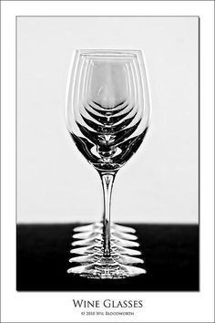 SUPERB WINE GLASSES image... Just a shame they're empty !!