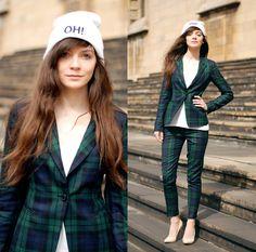 Http://Www.Ecugo.Com/P/Title Green Purple Check Trousers 6219.Html Pants, Http://Www.Ecugo.Com/P/Title Green Purple Check Wool Blazer 6218.Html Blezer, Http://Www.Shelikes.Com/Footwear/High Heels.Html Heels, Http://Renkos7.Wix.Com/Damnlady Hat