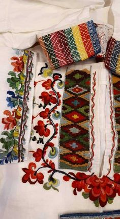 Norges Husflidslag, kultur- og næringskonsulent for Telemark Color Shapes, Colours, Indian, Embroidery, Handmade, Culture, Needlepoint, Hand Made, Handarbeit