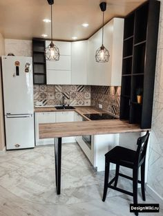 How to put your kitchen credenza? Small Apartment Interior, Small House Interior Design, Small Apartment Kitchen, Small Space Kitchen, Kitchen Room Design, Modern Kitchen Design, Home Decor Kitchen, Interior Design Kitchen, Home Kitchens