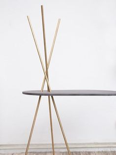 DIY tutorial: Make a Side Table With Brass Legs via en.DaWanda.com