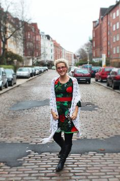 Thrifty Throwback Thursday: Maxikleid #maxidress #throwbackstyle #outfitpost #womenswear #vintageclothes #rehash #refashion #secondhandstyle #thrifted #renew #upclothing #festive #weihnachtskleid #christmasdress #ninutschkanns