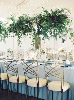 friendly greenery wedding decor ideas you can't miss 54 Greenery Centerpiece, Flower Centerpieces, Centrepieces, Centerpiece Ideas, Hanging Centerpiece, Masquerade Centerpieces, Simple Centerpieces, Floral Wedding, Wedding Flowers