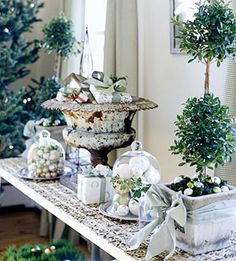 Cozy.Cottage.Cute.: Christmas Inspiration I  http://www.cozycottagecute.com/2010/11/christmas-inspiration-i.html#