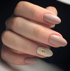 Semi-permanent varnish, false nails, patches: which manicure to choose? - My Nails Bride Nails, Prom Nails, My Nails, Oval Nails, Simple Wedding Nails, Simple Nails, Trendy Wedding, Simple Elegant Nails, Wedding Manicure